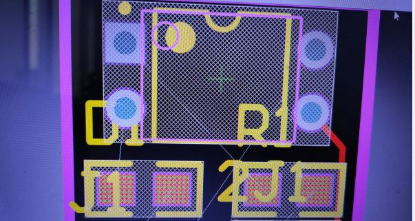 使用AD画板子原理图导入PCB时,所有元器件都有白色网状怎么去掉?6.png